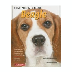 Training Your Beagle - Carte in engleza