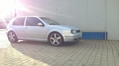 Volkswagen Golf 4 foto
