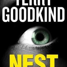 Nest - Carte in engleza