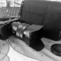 SONY a 6300, achizitionat in februarie 2017si obiectiv SELP 18-105, geanta SONY - Aparat Foto Mirrorless Sony