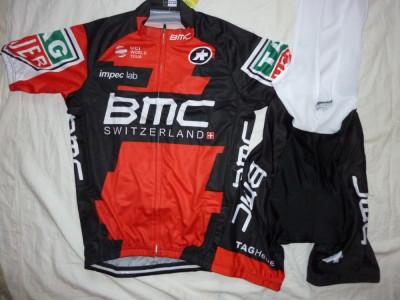 Echipament ciclism BMC 2017 set pantaloni cu bretele si tricou costum Nou foto