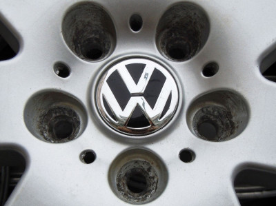 Capacele Jante Volkswagen aftermarket - noi foto