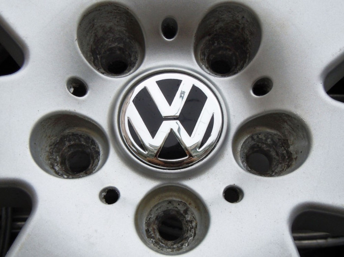 Capacele Jante Volkswagen aftermarket - noi