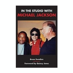 In the Studio with Michael Jackson - Carte in engleza