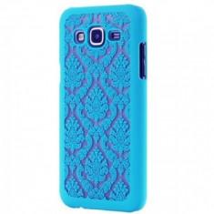Husa tip capac plastic Flower Palace albastru deschis pentru telefon Samsung Galaxy J5 (SM-J500F) - Husa PDA