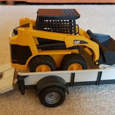 Mini incărcător CAT cu trailer BRUDER - Masinuta Altele