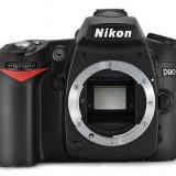 Nikon D90 body + grip Nikon MB-D80 + accesorii, totul in stare exceptionala