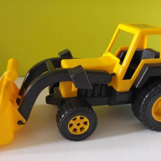 Tractor galben cu negru jucarie plastic romaneasca, Burak Toys Bucuresti, 35cm - Vehicul