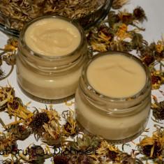 Crema antiroseata si cuperoza