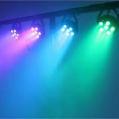 SET 4 PARI LED SMD COLOR RGB,6 LED x 3 WATT+TREPIED INCLUS,ACTIVARE LA SUNET..