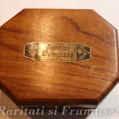 BUSOLA SUNDIAL, STARE DE FUNCTIONARE IMPECABILA