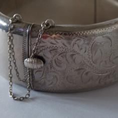 Bratara de argint