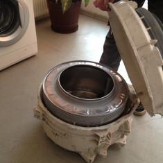 Reparati masini de spalat Indesit