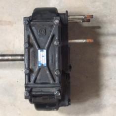 Priza de putere dubla pentru cutie viteze MAN automata din dezmembrari - Dezmembrari camioane