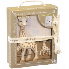 Set Prestige So Pure Girafa Sophie cu Breloc - Figurina Animale