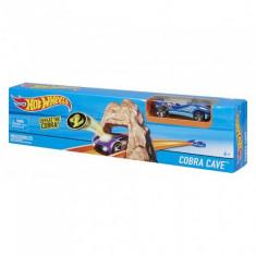 Hot Wheels - Pista Cobra Cave - Masinuta Mattel