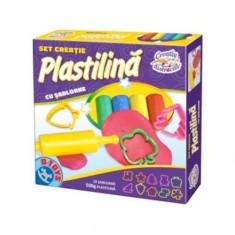 Set Creatie Plastilina cu Sabloane - Jocuri arta si creatie D-Toys