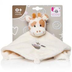 Plus Bebe Girafa 26 cm cu Paturica si Zornaitoare Crem - Jucarii plus