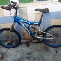 Bicicleta cu suspensie si furca, o am de cateva luni, merge perfect - Mountain Bike DHS, 20 inch, 22 inch, Numar viteze: 30