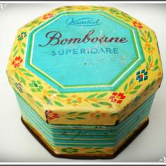 CUTIE ROMÂNEASCĂ DE TABLĂ - KANDIA, BOMBOANE SUPERIOARE - VECHE DIN ANII 1970! - Cutie Reclama