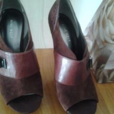 Botine noi, decupate NINE WEST, piele naturala, nr 38, marsala - Pantof dama Nine West, Culoare: Grena, Marime: 37.5, Cu toc