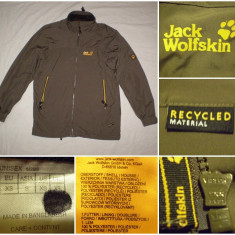 Geaca JACK WOLFSKIN (XS / S) primavara toamna casual ultras barbati jeans - Jacheta barbati Fred Perry, Culoare: Din imagine