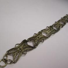 h Bratara veche din metal placat cu argint, argintata lucrata manual in filigran