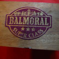 Cutie veche pentru tigari Balmoral - Olanda, dim.=13, 9x9 cm