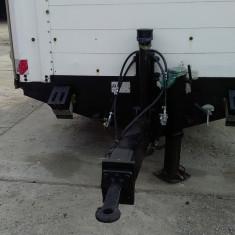 Remorca 11200 kg - Camion
