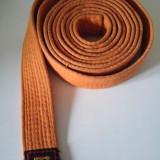 Kimono (gy, Ghi) de Karate / judo, bumbac, marime 00/140 + centura portocalie