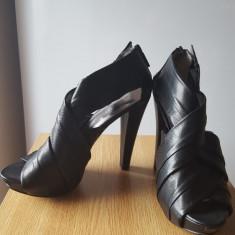 Sandale elegante, din piele, Nine West, 38, 5, stare impecabila - Sandale dama Nine West, Culoare: Negru