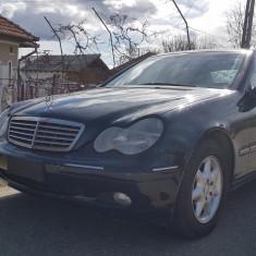 Autoturism Mercedes-Benz C 220 CDi, An Fabricatie: 2000, Motorina/Diesel, 198000 km, 2200 cmc, Clasa C