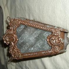 LAMPA DE GRADINA din bronz, foarte veche