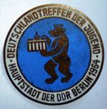 I.162 INSIGNA GERMANIA BERLIN TINERETUL GERMAN 1964 26mm email, Europa