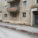 Apartament 2 camere, Central - Apartament de vanzare, 45 mp, Numar camere: 2, An constructie: 1980, Parter