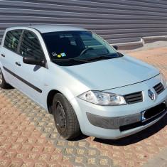 Vand Renault Megane 2 hatchback 1.4, benzina, 2004, 103000 km, 1392 cmc