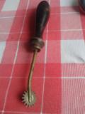 MAROCHINARIE-MODELAT PIELE