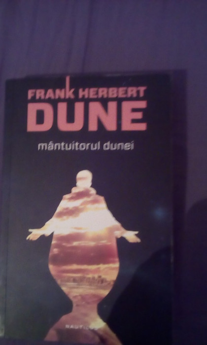 Mantuitorul Dunei  Frank Herbert Dune foto mare