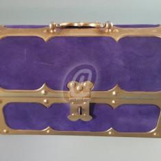 Caseta bijuterii metal cufar mov cu auriu, vintage, 15 cm - Arta din Metal