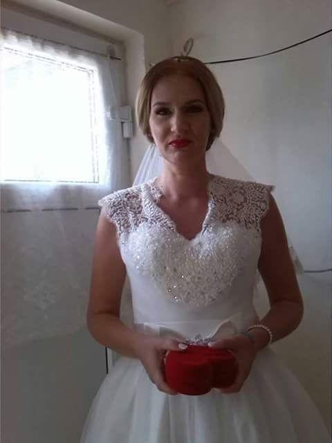 Vand rochie de mireasa foto mare