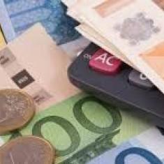 Ajutorul de finanțare pentru persoane fizice cît trebuie! - Telefon mobil Blackberry 9780, Auriu, Vodafone