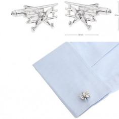 Butoni  argintii metalici forma avion retro + cutie simpla cadou