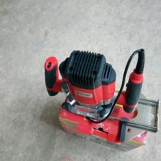 Freza lemn WALTER M1R-KZ8-8 - Masina de frezat