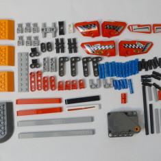 Lot piese LEGO originale 97 bucati + motor cu frictiune