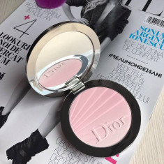 Pudra Iluminatoare Dior Diorskin Nude Air Colour Gradation Sprind 2017 - Blush Christian Dior