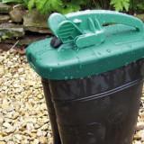 Protejati-va de ploaie incaltamintea de lucru