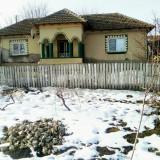 Casa de vanzare, 200 mp, Numar camere: 2, Suprafata teren: 3900