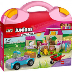LEGO® Juniors Mia's Farm Suitcase 10746