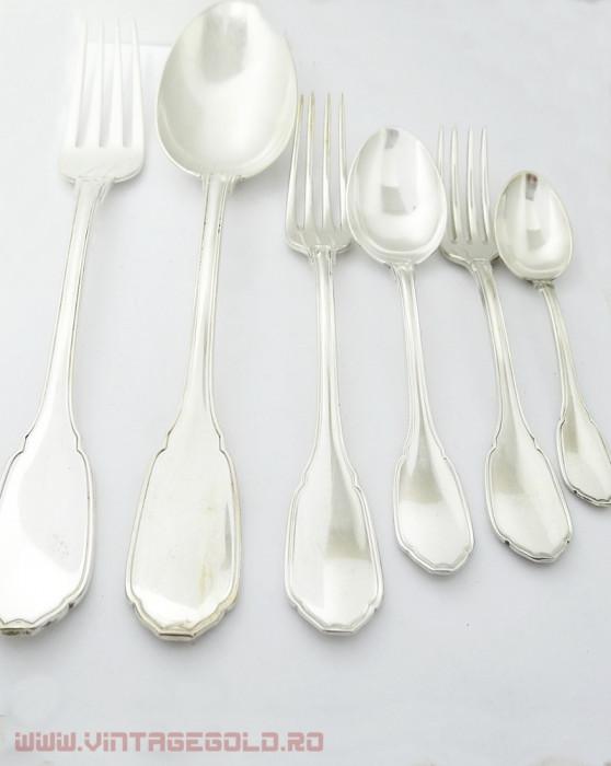 Serviciu 5 persoane din argint 800, 1390 grame