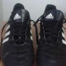Ghete fotbal Adidas, Marime: 38 2/3, Culoare: Din imagine